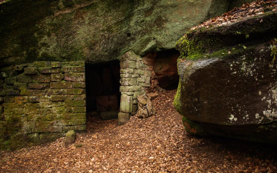 A small stone chapel constructed of overhanging rocks and cut-stone blocks greets curious wanderers near the top of one of the Karlstalschlucht's many staircases.