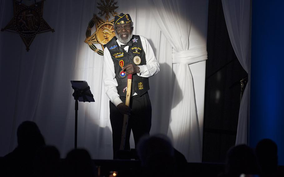 """James McEachin, a Korean War veteran, does a dramatic reading of """"In Flanders Fields"""" during the Veterans Inaugural Ball: Salute to Heroes on Jan. 20, 2017, in Washington, D.C."""